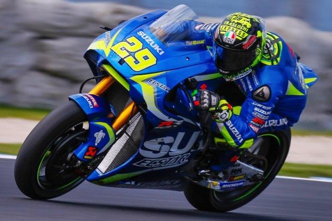 Iannone il più veloce nei tempi combinati, Rossi decimo