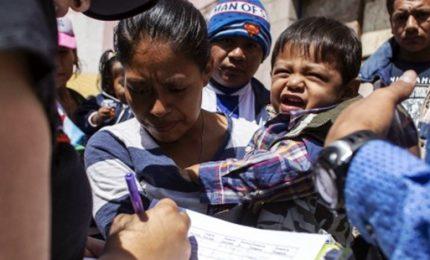 Ennesima sconfitta di Tramp, giudice ordina ricongiungimento famiglie separate confine