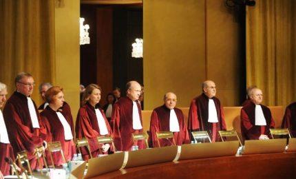 Corte europea riconosce matrimonio tra persone stesso sesso
