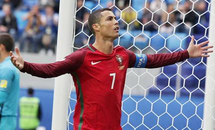 Pari nel primo big match, 3-3 Spagna e Portogallo