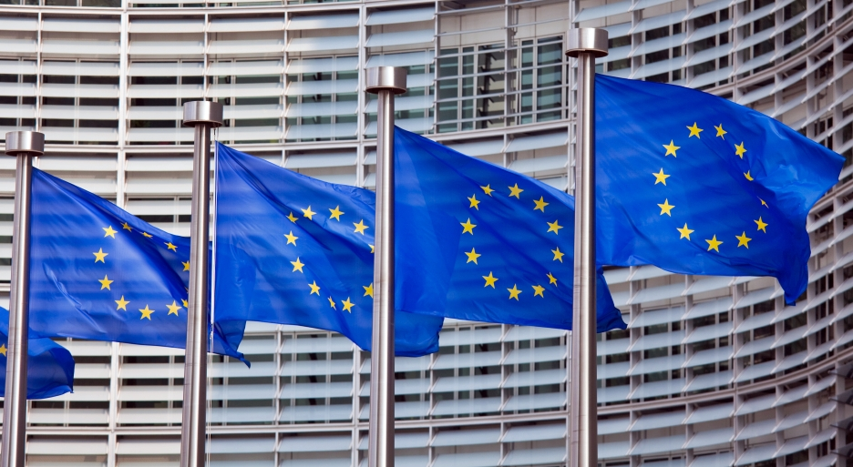 """Successo sui mercati per prima emissione di debito Ue per """"Sure"""""""