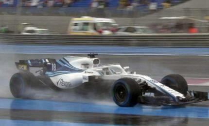 """Lewis Hamilton in pole, Vettel terzo. Il ferrarista: """"Ho esagerato un po'"""""""