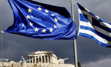 """La Grecia non è più commissariata. Moscovici: """"Crisi greca finisce qui"""""""