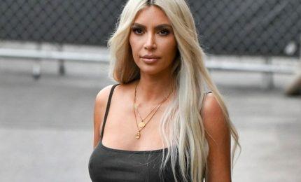 Kim Kardashian è la più potente influencer al mondo. Oscar della moda a Campbell e Versace