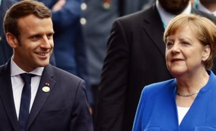 """Trump si ritira da accordo e l'Ue esplode. Francia: incoerente. Germania: """"Distrutto la fiducia"""""""