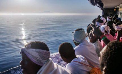 Sea Watch, migrante si getta in mare per raggiungere Malta