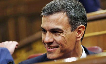 Il primo ministro spagnolo: turisti stranieri riaccolti da luglio