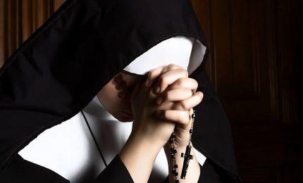 Suora accusa vescovo di stupro, lui la denuncia per ricatto