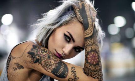 Attenti ai tatuaggi, rischio complicazioni con un sistema immunitario debole