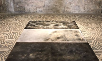 Speciale Festival di Spoleto 2018: il concettuale di Ttzoi nella splendida cornice della Casa Romana