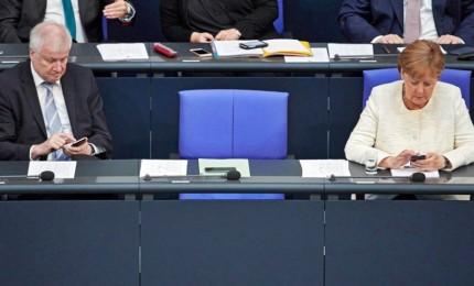 Migranti, cosa prevede l'accordo Merkel-Seehofer