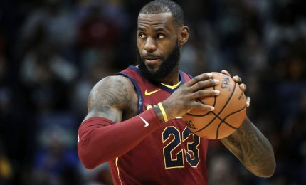 LeBron James ai Los Angeles Lakers: 154 milioni di dollari in 4 anni