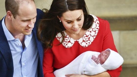 Il battesimo del terzo figlio di William e Kate, assente la regina