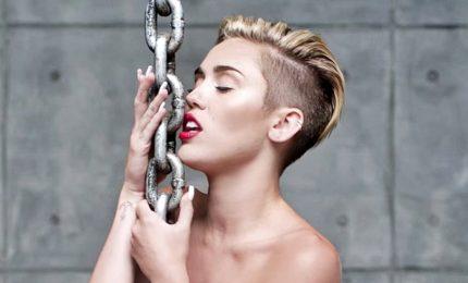 "Miley Cyrus abbandona i social. ""Vuole prendersi una pausa"""