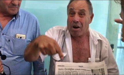 Napoli, tenta di avvicinare la ministra Grillo: allontanato
