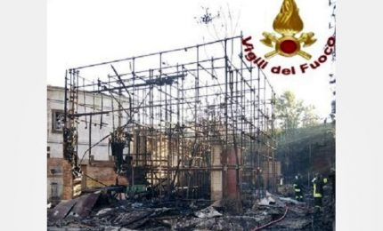 Incendio a studi di Cinecittà, a fuoco parti di scenografie
