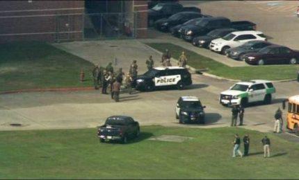 Sparatoria in una scuola in Kansas, almeno 2 feriti gravi