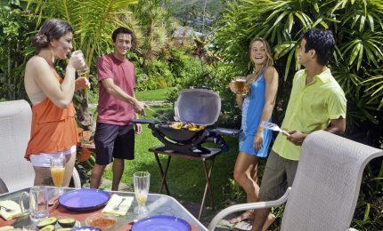Picnic, barbecue, cene in terrazzo: come tenere sotto controllo linea in estate