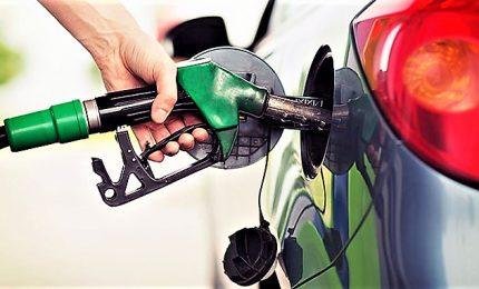 Benzina, per le vacanze stangata da 540 milioni euro