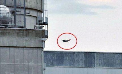 Greenpeace lancia drone-Superman contro una centrale nucleare di Bugey