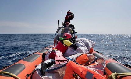 Migranti, è scontro Salvini-Ong. Viminale: lasciati morire? Fake news