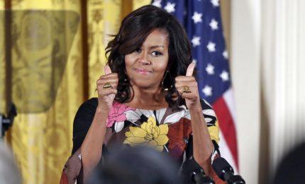 Michelle Obama annuncia tour in 10 città per la sua biografia