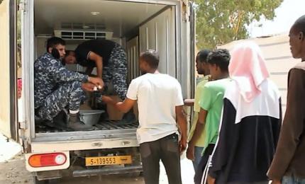 Ambasciatore Perrone visita centro migranti a Tripoli