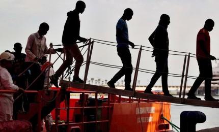 Oltre 50 migranti della Diciotti fuggiti dai centri accoglienza