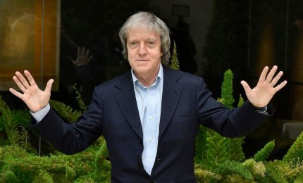 """Addio a Carlo Vanzina, il """"papà"""" dei """"cinepanettone"""". Aveva 67 anni"""
