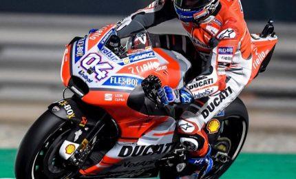 """Dovizioso in pole, Rossi secondo. Il dottore: """"Prima fila importante"""""""