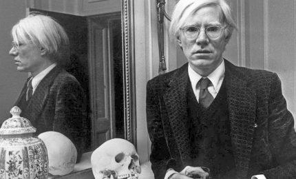Quel che resta di Andy Warhol: una inattesa lezione di scomparsa