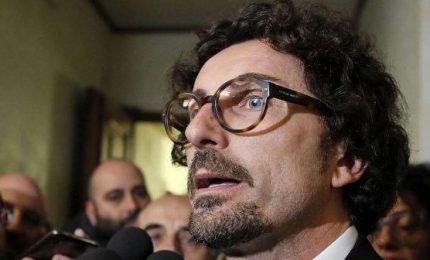 """Toninelli denuncia pressioni, Pd-FI chiedono i nomi. Ma per Fico """"tutto è regolare"""""""