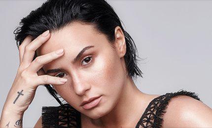 Demi Lovato in rehab cancella tutte le date del Tour