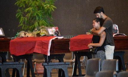 """Funerali di Stato, ma non per tutte le vittime. Bagnasco: """"Scelta che farà pensare chi di dovere"""""""