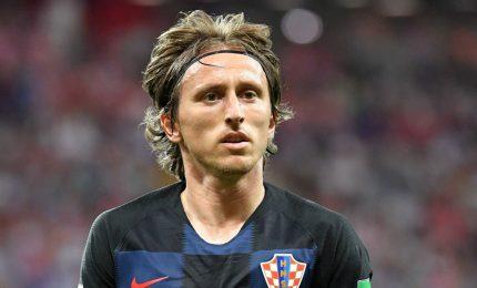 "I quotidiani spagnoli sicuri: ""Modric resta al Real"". Svanisce sogno Inter"