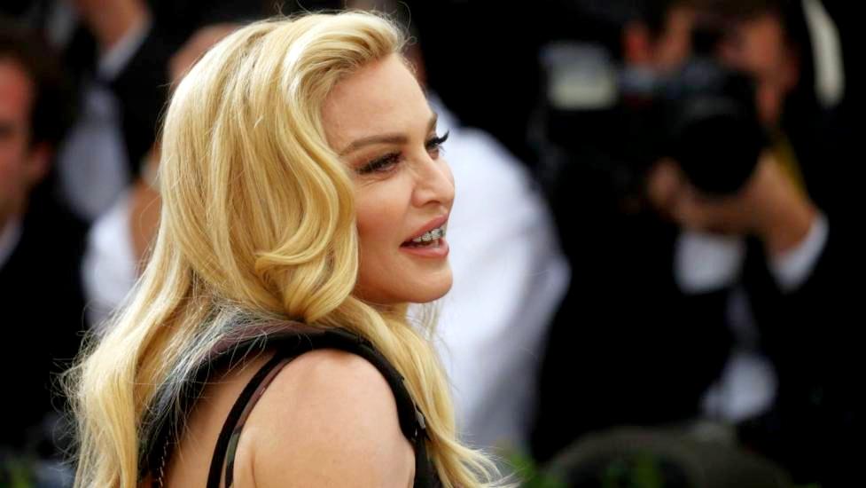 Sessant Anni Sulla Cresta Dell Onda Buon Compleanno Madonna
