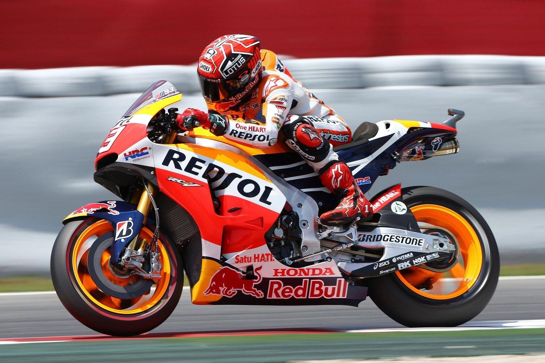 Vinales imprendibile, Marquez precede Rossi