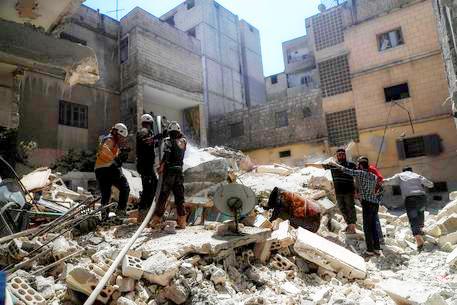 Esplode un deposito di armi in Idlib, 12 bambini tra le 39 vittime.