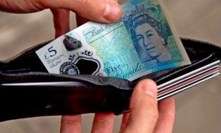 Dyson e Sony lasciano il Regno Unito. Governo May sotto pressione