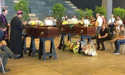 """Funerali di Stato per 18 vittime, 20 in forma privata. """"Nessuna interpretazione su scelta famiglie"""""""