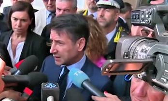 """Conte a sindaci: applicare la legge. Salvini: """"E' finita la pacchia. Io non mollo"""""""