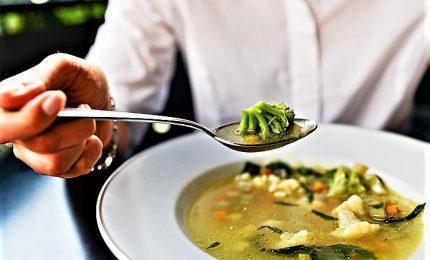 Mangiare meno? Se si ha fame il cervello percepisce l'illusione