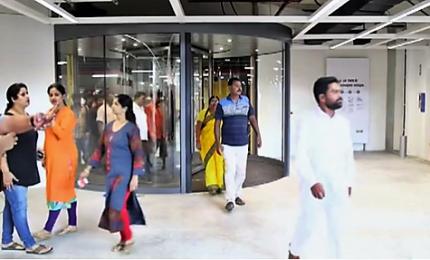 Assalto ai sacchetti gialli, l'Ikea sbarca in India
