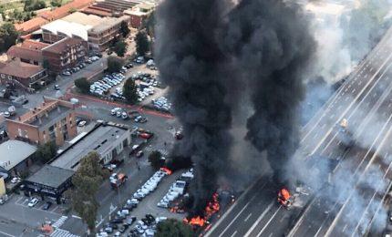Incidente a Bologna, finora confermato Incendio con esplosione a Bologna, un morto e 68 feriti