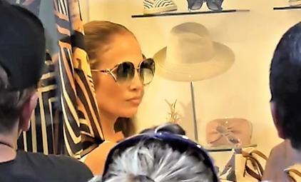 Jennifer Lopez regina di Capri e Costiera Amalfitana
