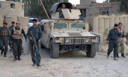 Kabul sotto attacco, miliziani lanciano razzi contro il centro della capitale