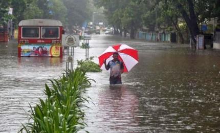 Monsoni devastano il Kerala: almeno 106 morti, oltre 150mila i senzatetto
