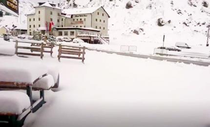 Agosto come dicembre, spettacolare nevicata sulle Dolomiti