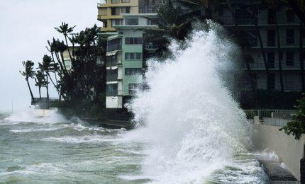 Hawaii si preparano ad arrivo uragano Lane, autorità Usa preoccupate