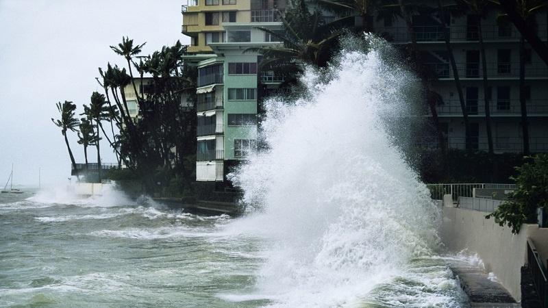 Uragano Lane sulle Hawaii, Trump firma lo stato d'emergenza